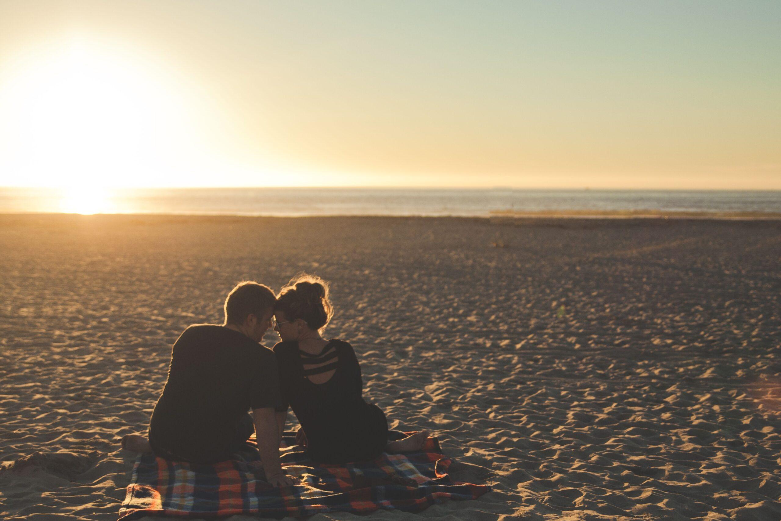 Atardecer en vacaciones en la playa